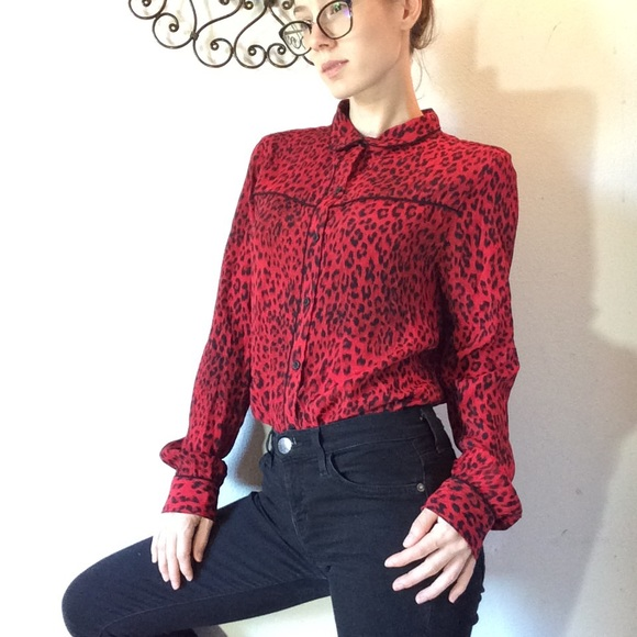 Sanctuary Tops - SANCTUARY Red Leopard Button Up Blouse